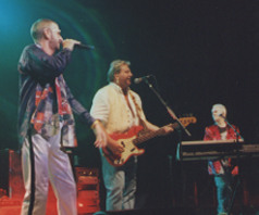 Ringo Starr, Greg Lake & Howard Jones at The Fox Theater - 8/21/01
