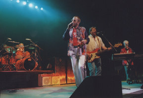 Sheila E, Ringo Starr, Greg Lake & Howard Jones at The Fox Theater - 8/21/01